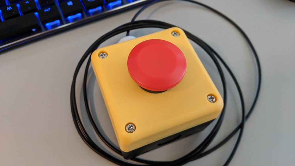 The completed USB-connected big red button.